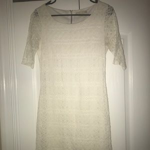Banana Republic White Lace Dress size 6.